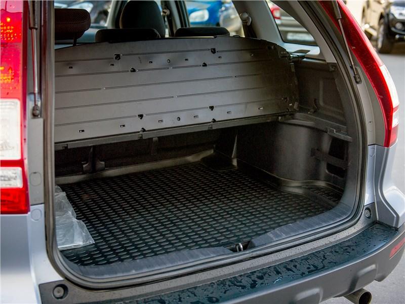 Honda CR-V 2008 багажное отделение