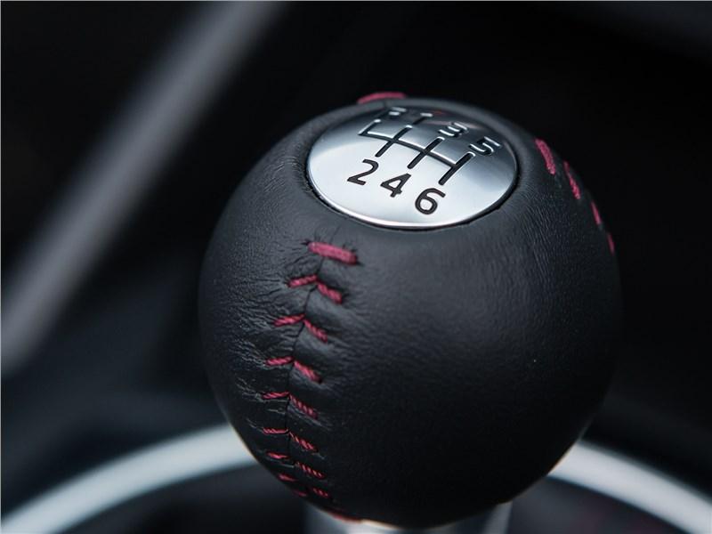 Mazda MX-5 2015 6МКПП