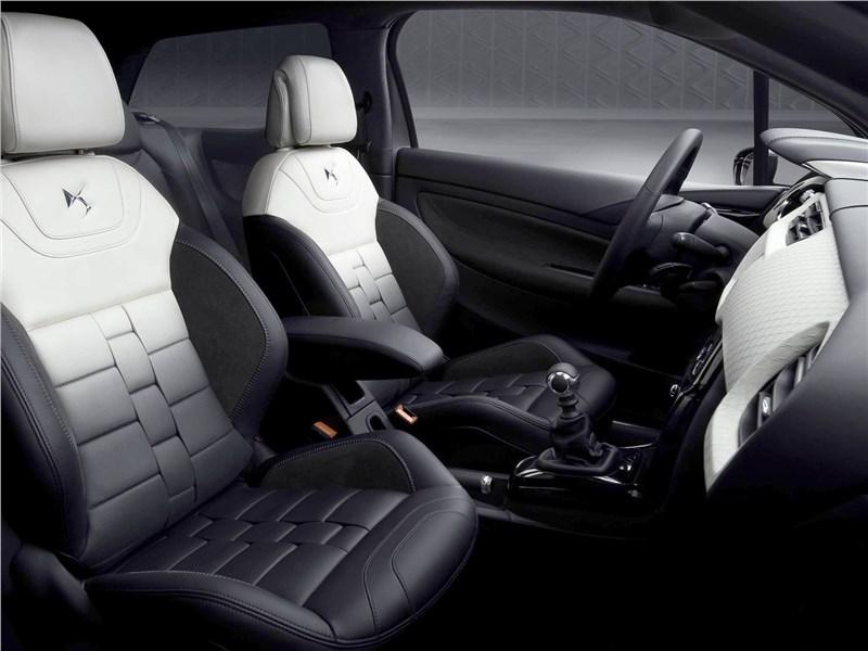 Citroen DS Inside concept 2009 передние кресла