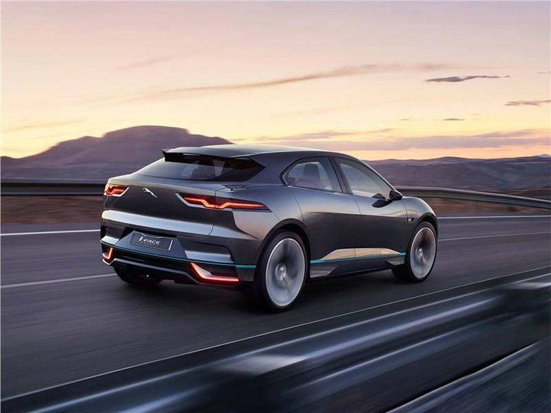 Jaguar I-Pace Concept 2016 вид сзади сбоку
