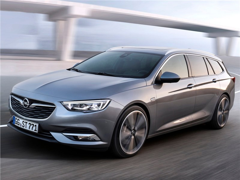 Opel Insignia Sports Tourer 2018 вид спереди