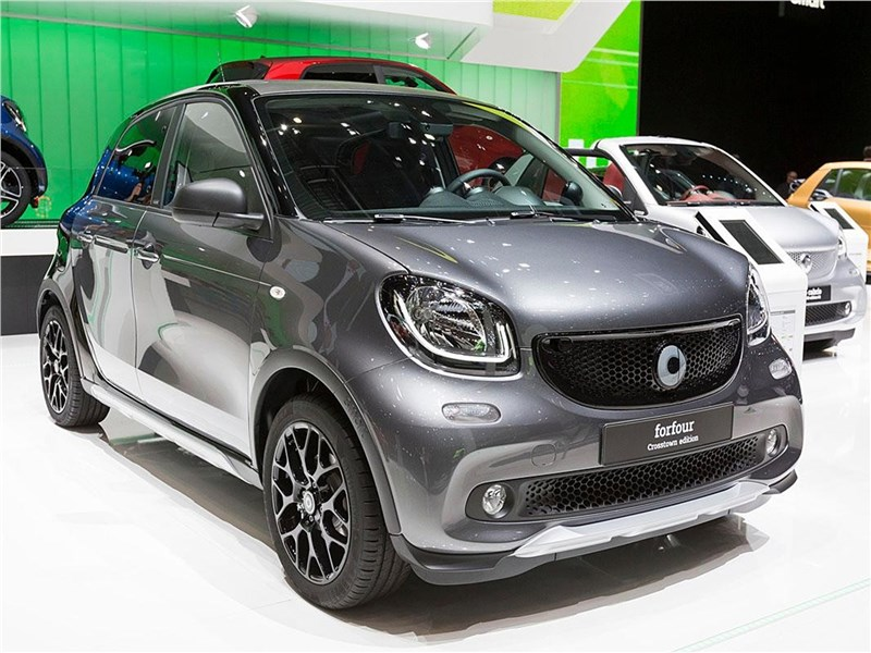 smart forfour Crosstown 2018 вид спереди