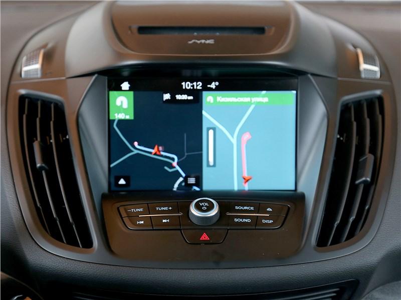 Ford Kuga 2017 монитор