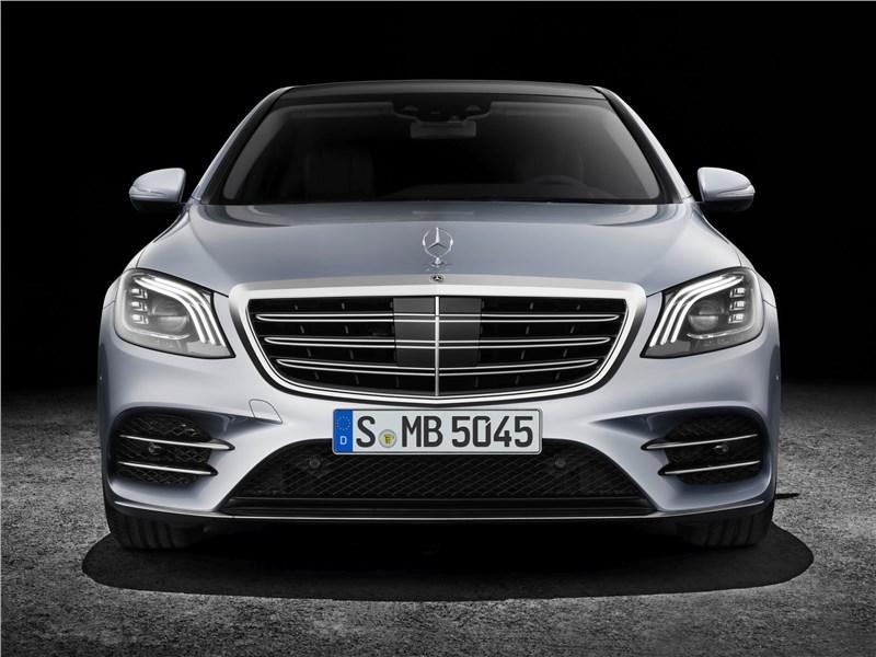 Mercedes-Benz S-Class 2018 вид спереди