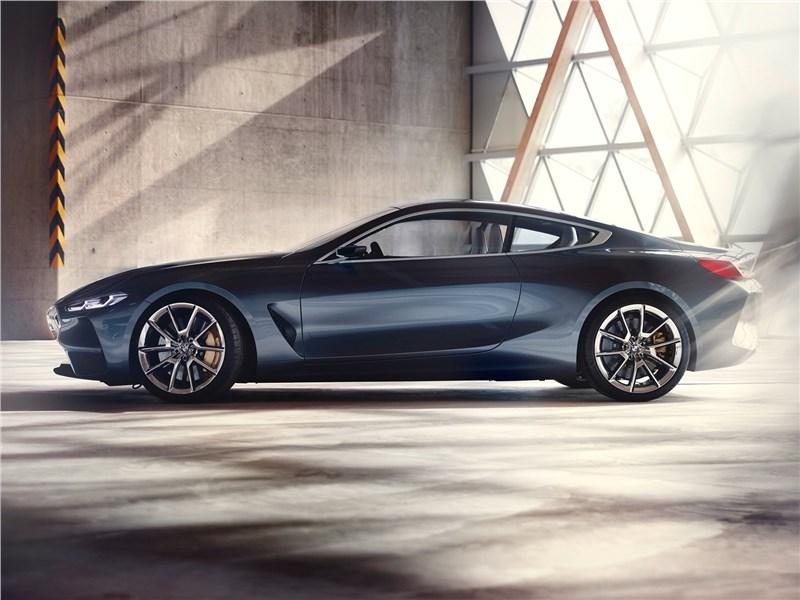 BMW 8-Series Concept 2017 вид сбоку