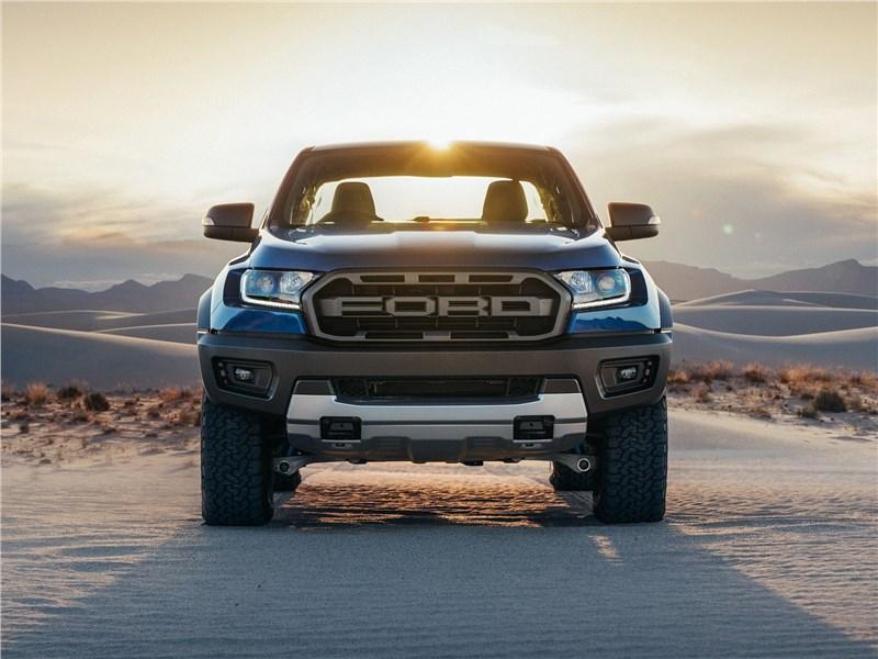Ford Ranger Raptor 2019 вид спереди