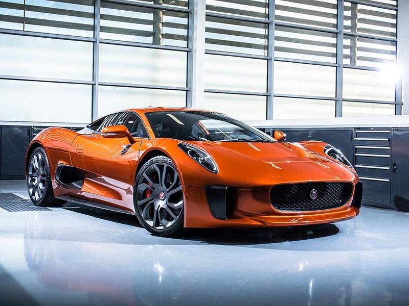 Jaguar Джеймса Бонда выставлен на продажу