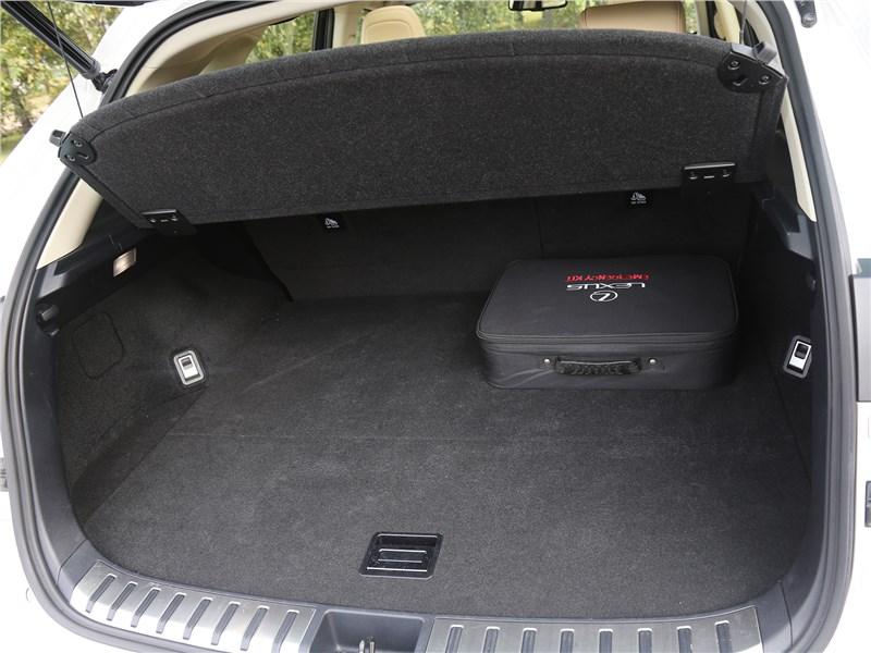 Lexus NX 2018 NX 300H багажное отделение