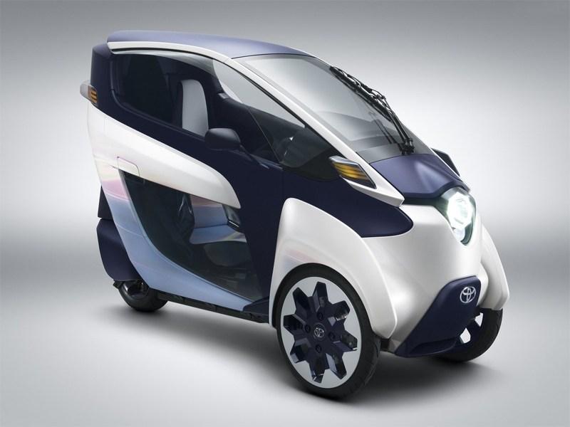 Toyota показала в Женеве 3-колесный электрокар i-Road