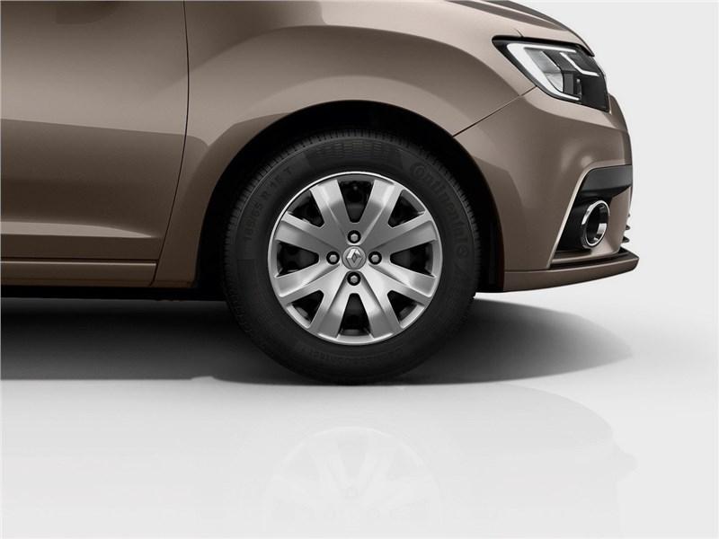 Renault Sandero 2018 переднее колесо