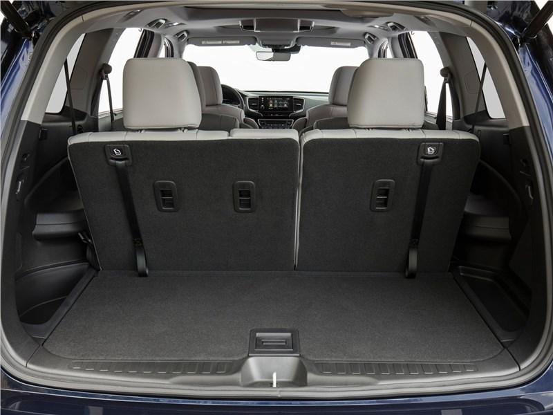Honda Pilot 2019 багажное отделение