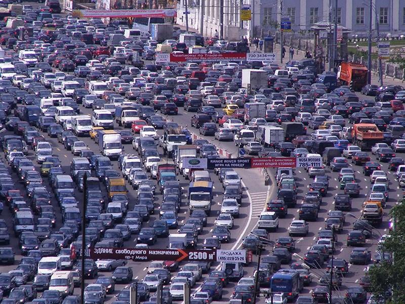 Дорожные службы предупреждают об ухудшении ситуации на столичных дорогах Фото Авто Коломна