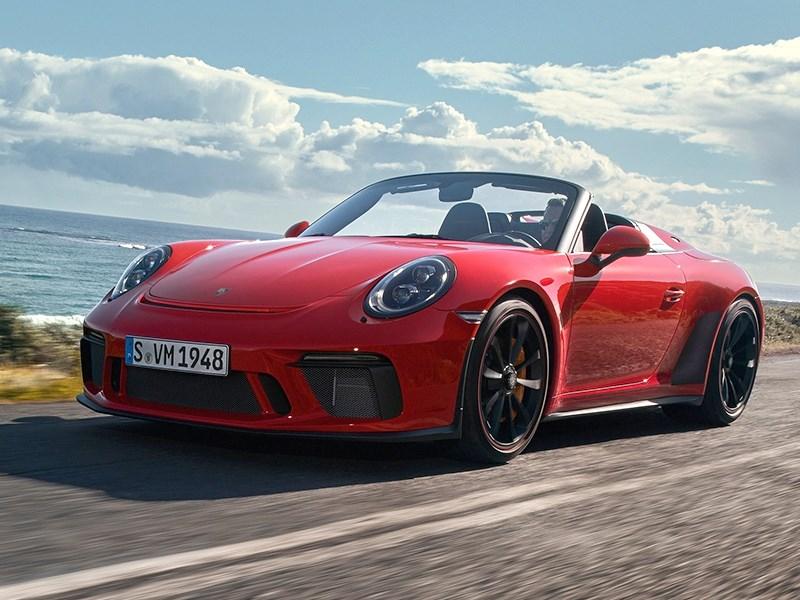 Porsche назвал российские цены на новый спорткар