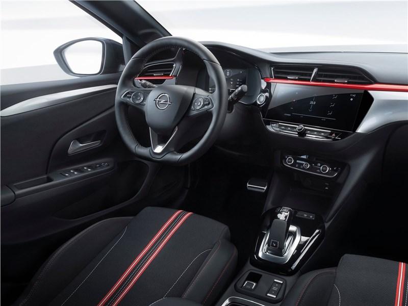 Интерьер Opel Corsa