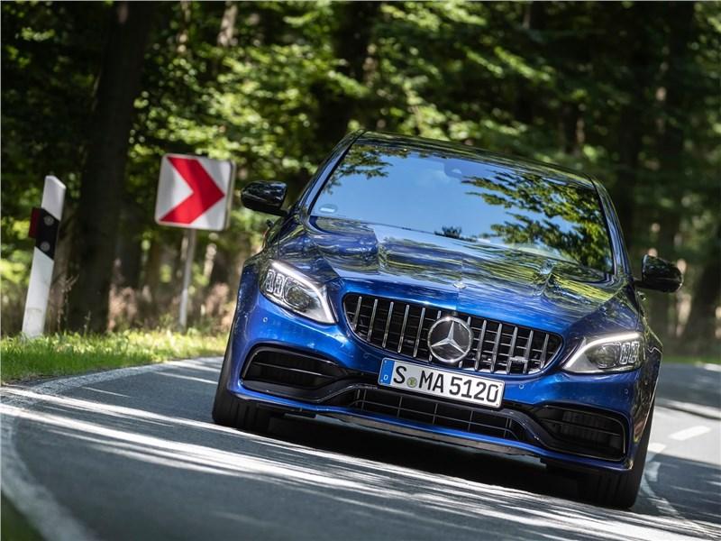Mercedes-Benz C63 S AMG Sedan 2019 вид спереди