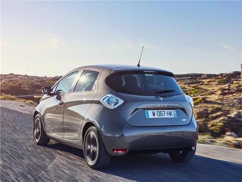 Renault Zoe 2017 вид сзади