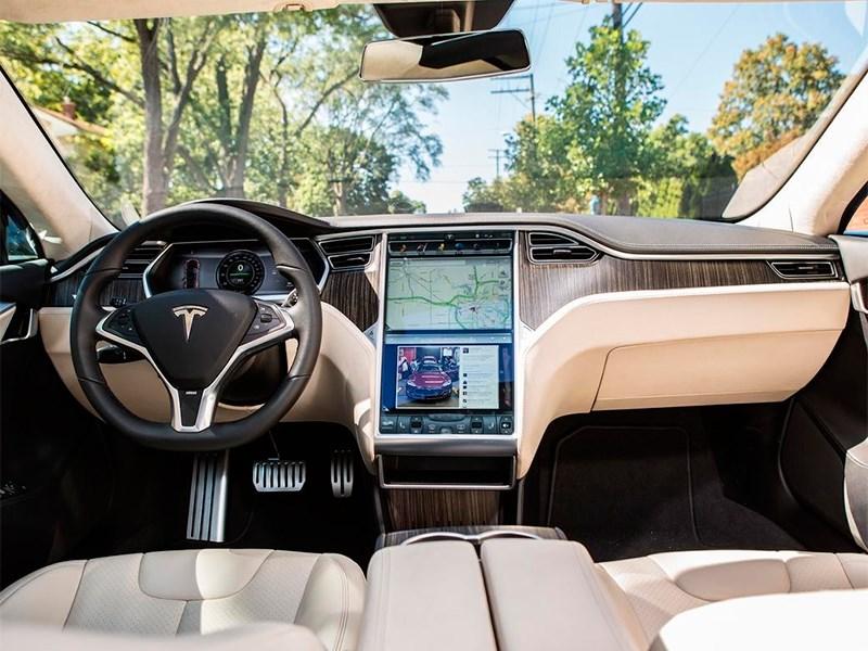 Спой Tesla, не стыдись Фото Авто Коломна