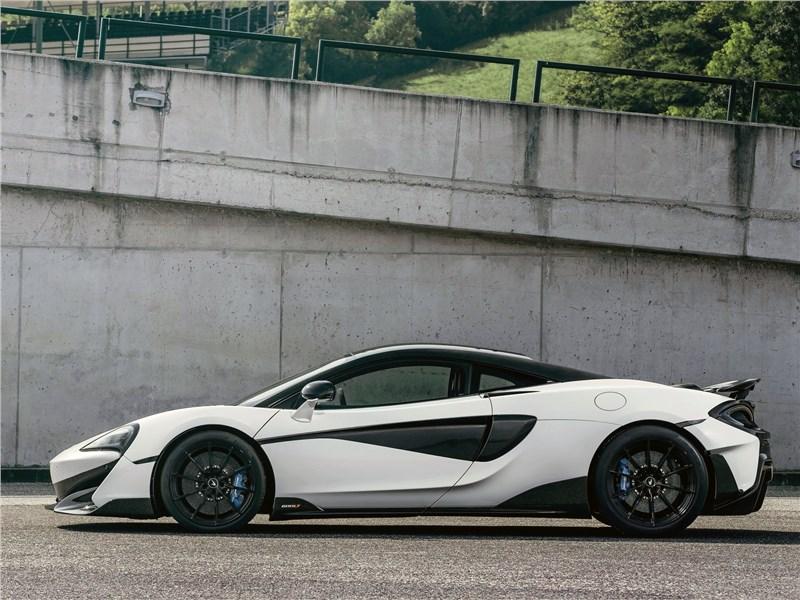 McLaren 600LT 2019 вид сбоку