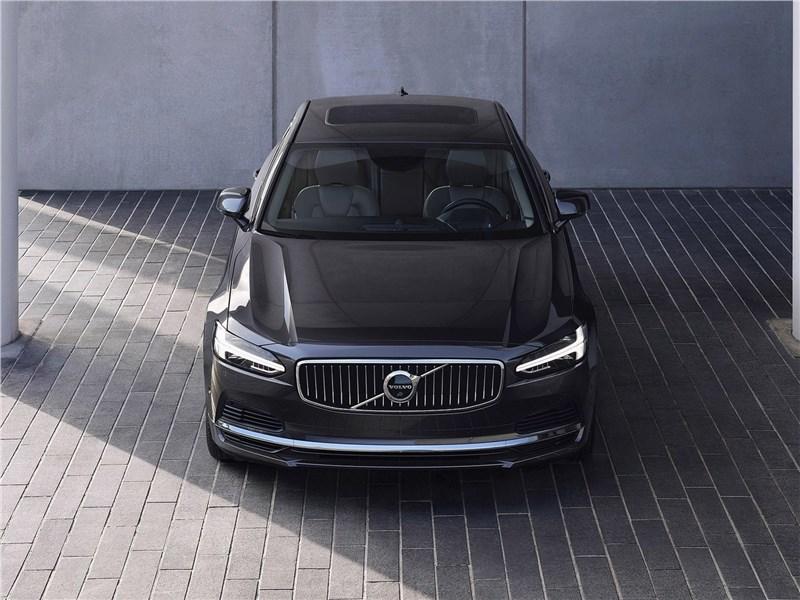 Volvo S90 2020 вид спереди