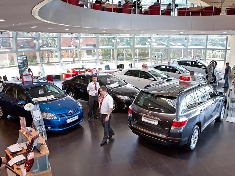 Насколько поднялись автомобили в цене?