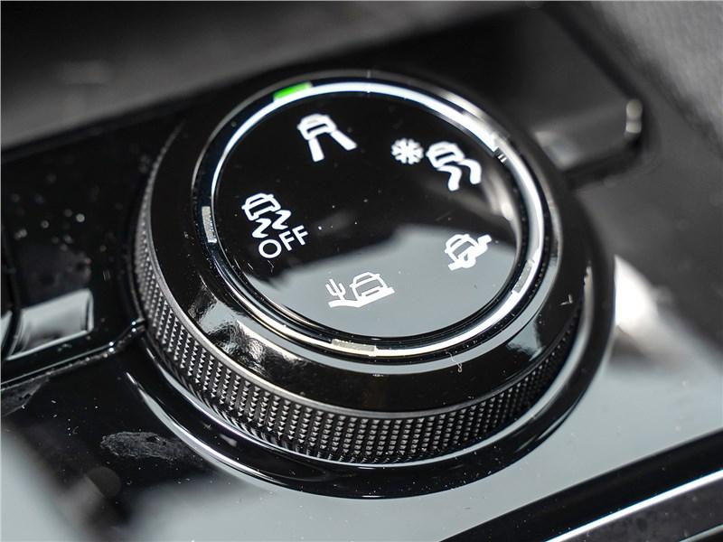 Peugeot 3008 2017 поворотная шайба системы Advanced Grip Control