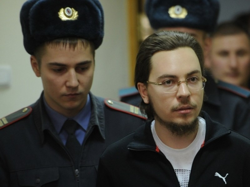 Суд наложил арест на 3 машины иеромонаха Илии