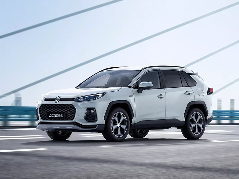 В Suzuki представили новый кроссовер – это Toyota
