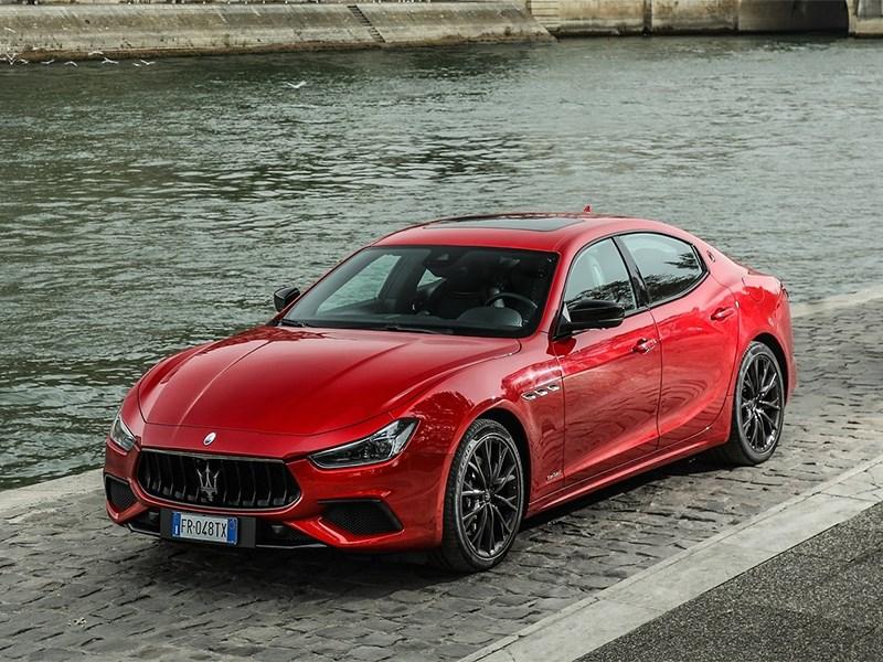 Maserati озвучила дату премьеры своего первого гибрида