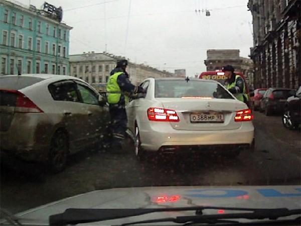 Дурова призывают принести извинения сотрудникам ДПС