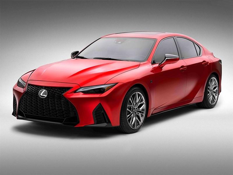 В Lexus представили заряженный седан IS