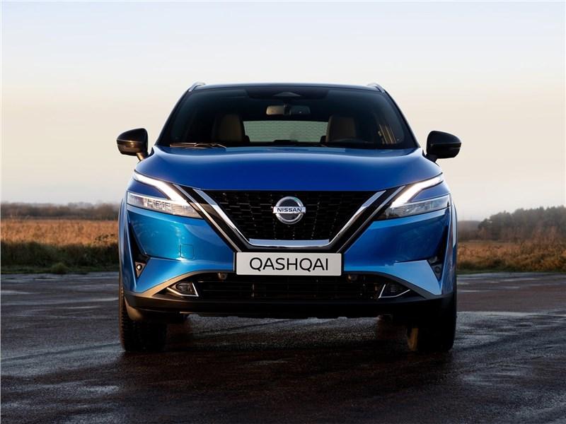 Nissan Qashqai (2022) вид спереди