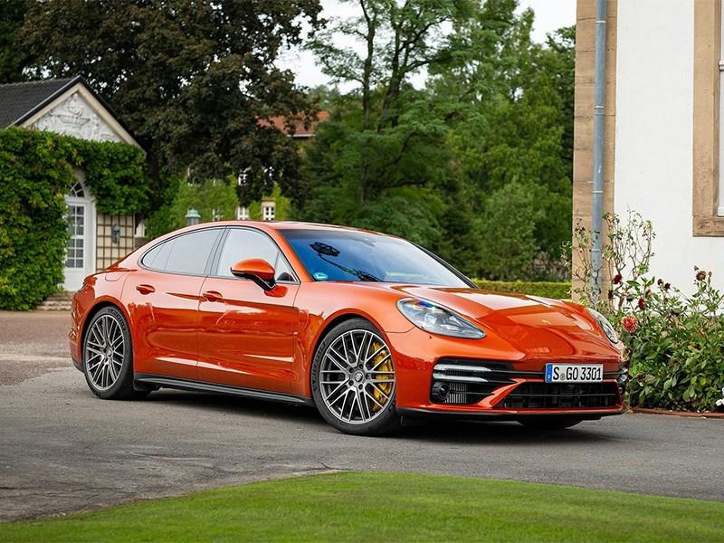 Porsche выпустит Panamera нового поколения