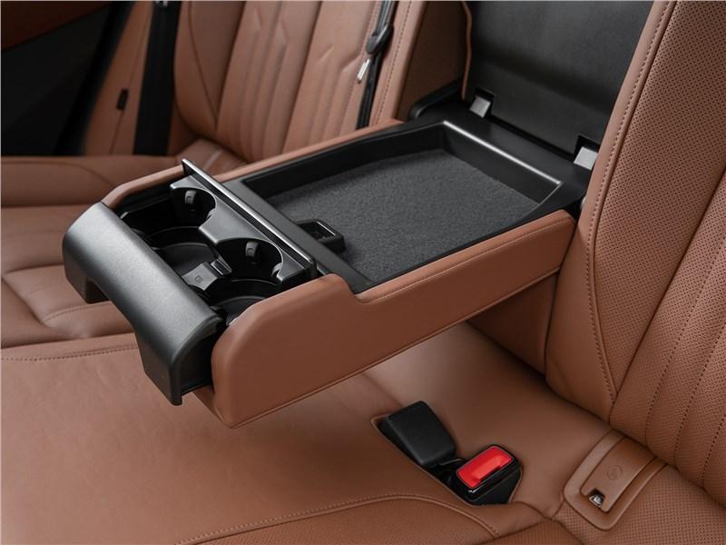 Audi e-tron Sportback (2021) задний диван