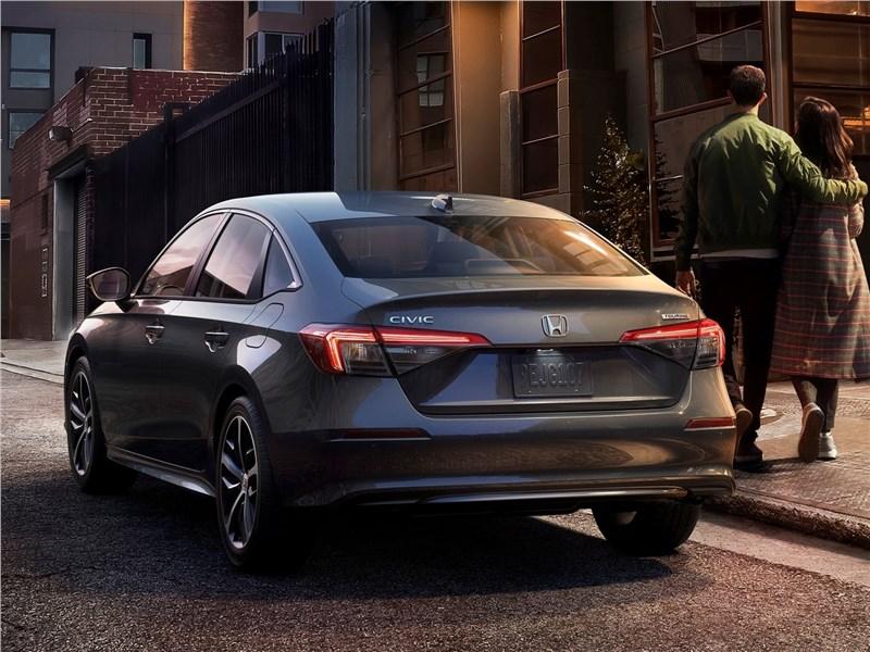 Honda Civic Sedan (2022) вид сзади