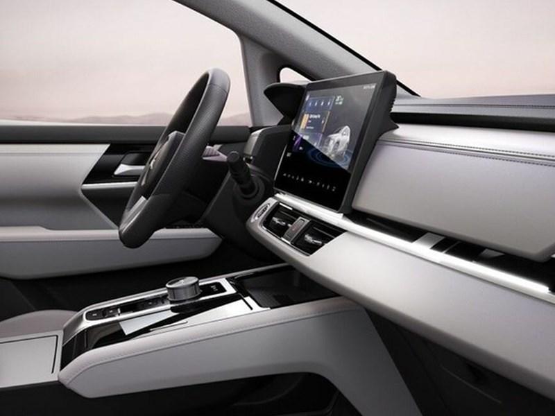 Mitsubishi представила электрический Airtrek