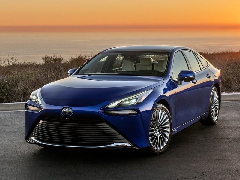 Найдена замена Lexus GS