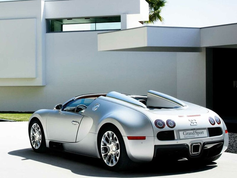 Представлен уникальный Bugatti Veyron