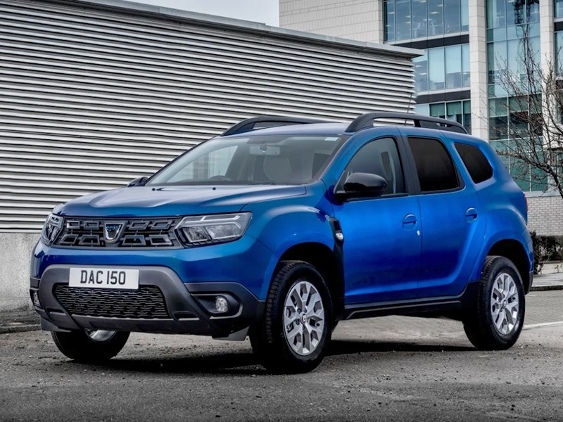Dacia Duster превратили в коммерческий фургон