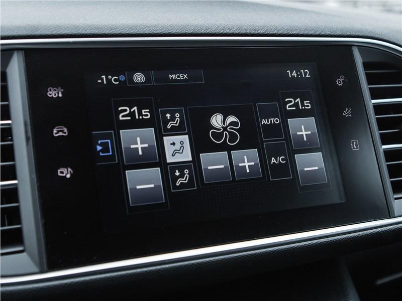 Peugeot 308 2013 монитор