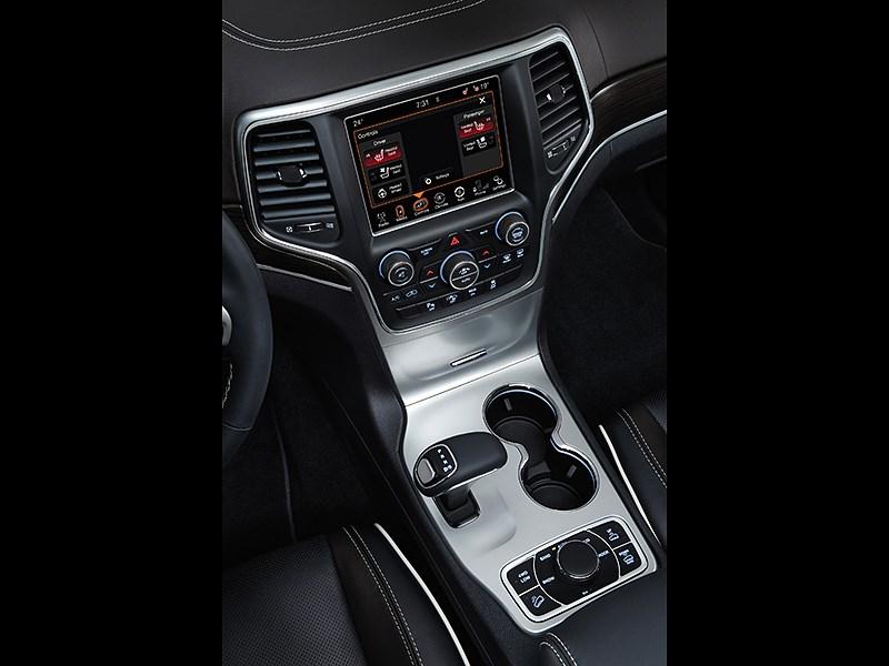Jeep Grand Cherokee 2013 центральная консоль
