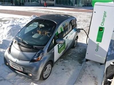 На московских парковках появятся устройства для зарядки электродвигателей