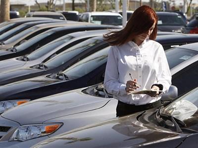 Продажи автомобилей в Европе продолжают расти