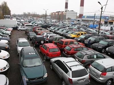 На Москву и Петербург с пригородами приходится почти треть продаж автомобилей на российском рынке
