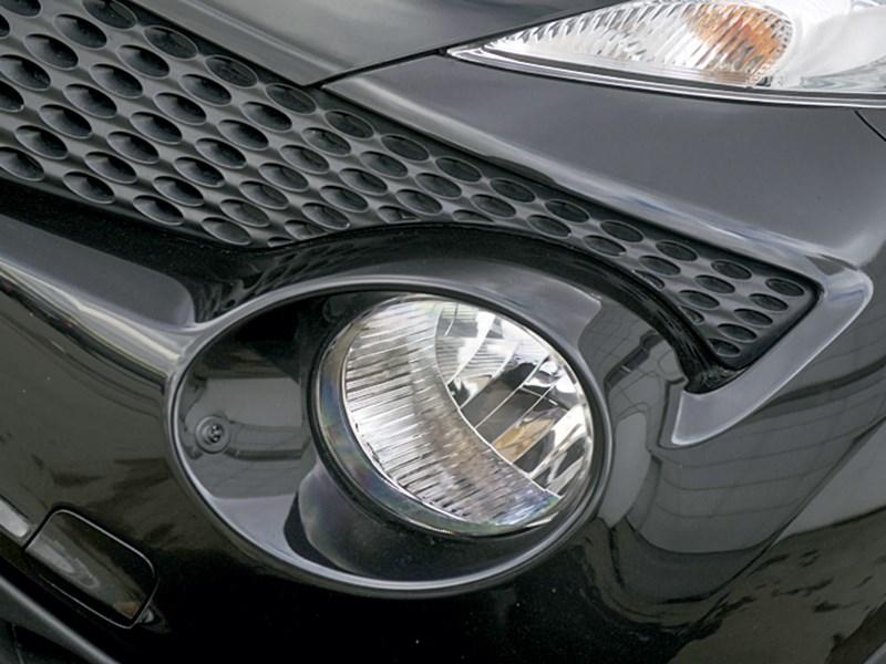 Nissan Juke 2012 передние фары