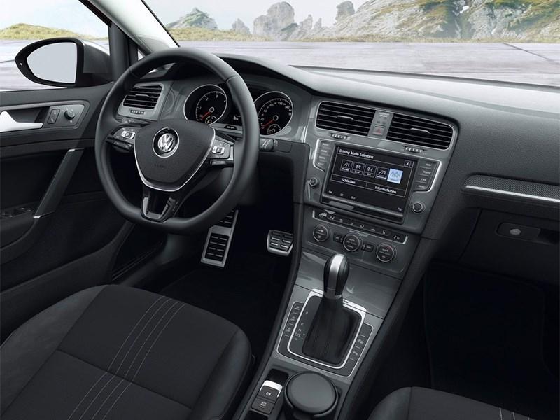 Volkswagen Golf Alltrack 2015 салон