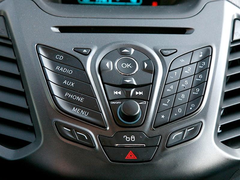Ford EcoSport 2013 кнопки управления
