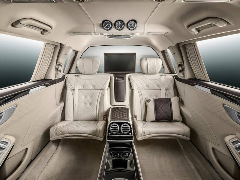 Mercedes-Benz S600 Pullman Maybach 2016 салон фото 3