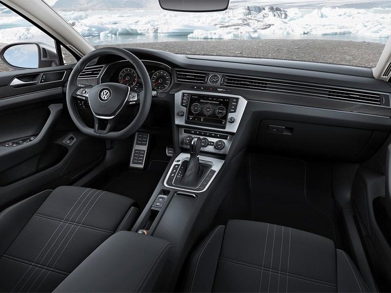 Volkswagen Passat Alltrack 2016 салон