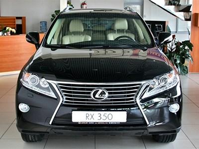 Lexus установил личный рекорд по продажам своих машин в России