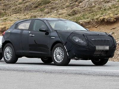 Первый кроссовер от Alfa Romeo покоряет европейские дороги общего пользования